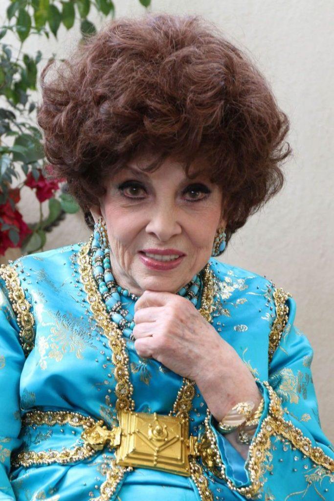 «В 93 выглядит на 40»: Джина Лоллобриджида привела в восторг своих поклонников